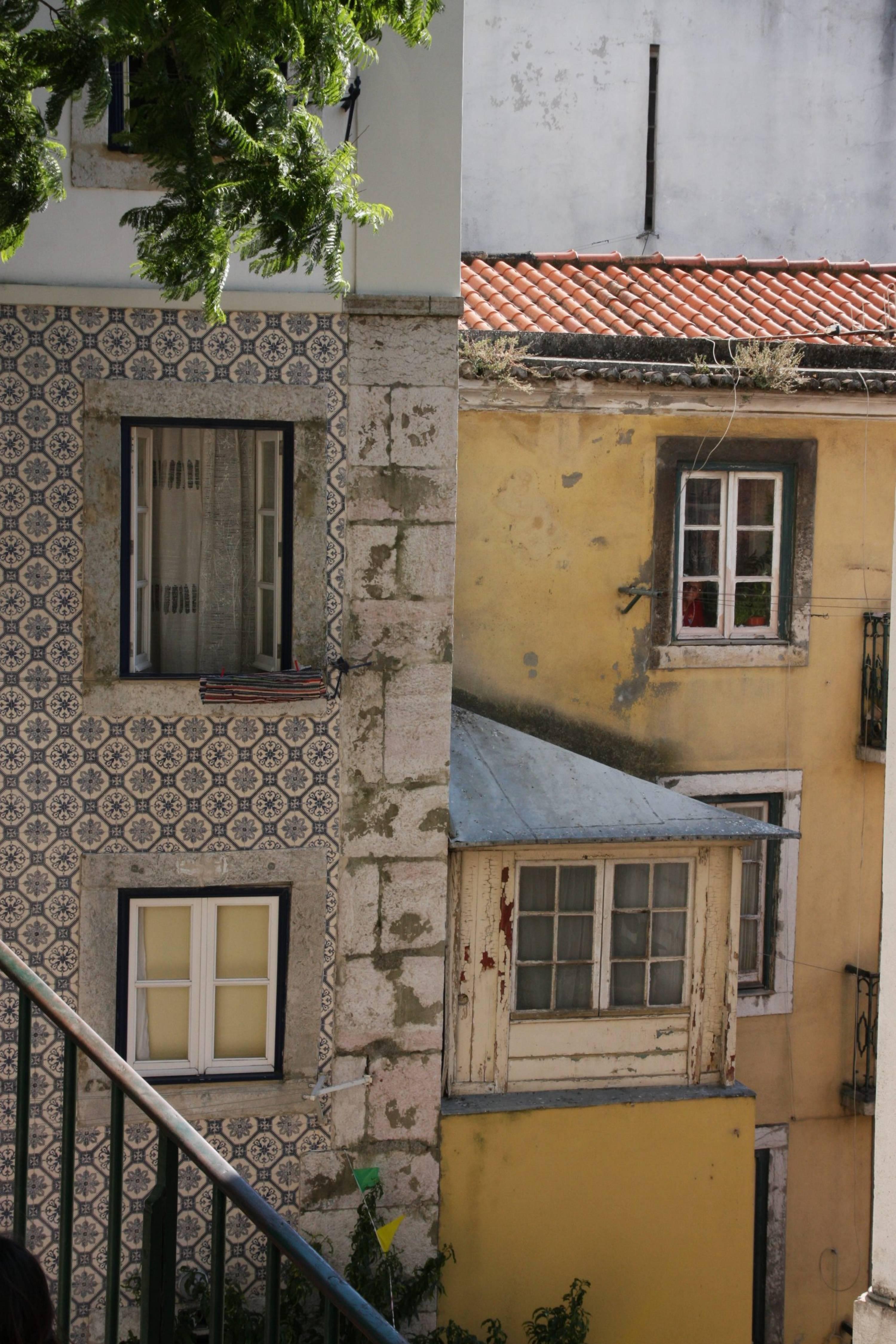 Jeux de fenêtres, Lisbonne, Portugal