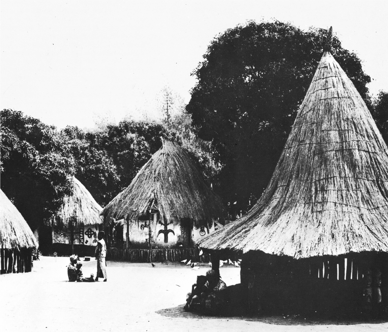 Huttes village rwandais, extrait d'Architecture-primitive, Enrico Guidoni