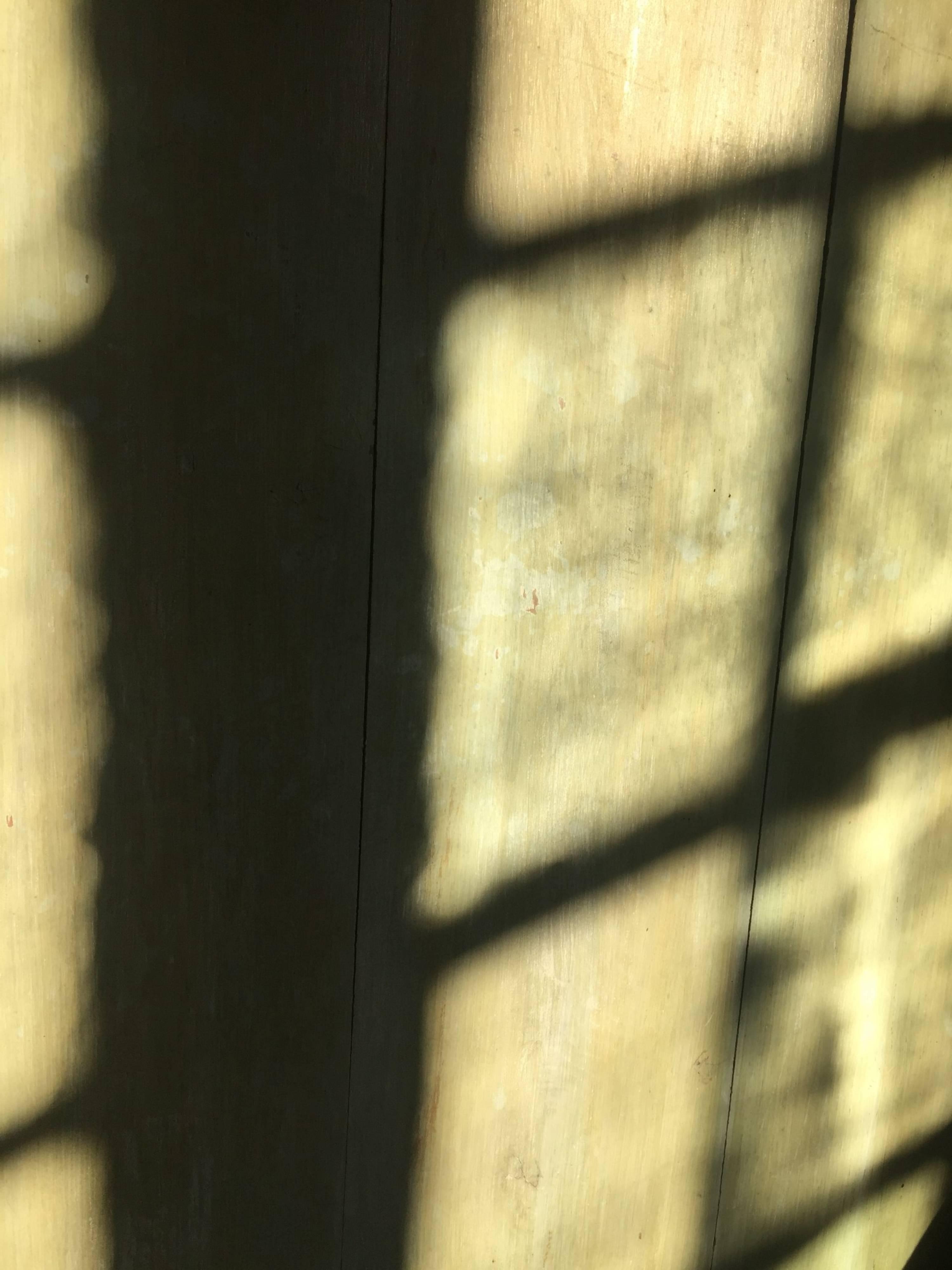 Lumière à travers des verres anciens, Tourraine
